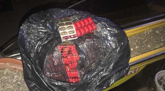 Ankarada kaçakçılık operasyonu: 3 bin ilaç ele geçirildi