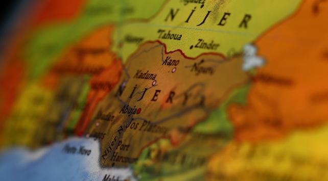Nijeryadaki çatışmalar 20 bin kişiyi yerinden etti