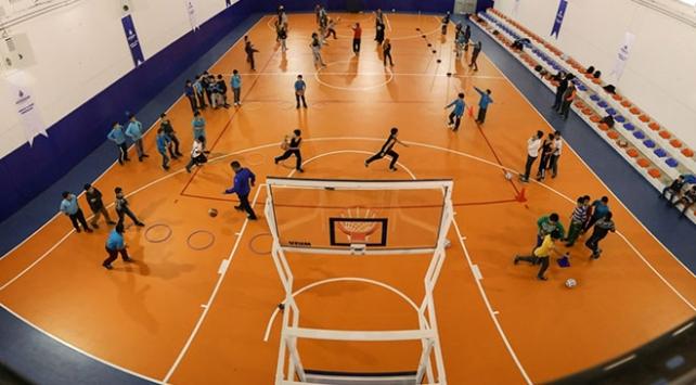 İstanbul Büyükşehir Belediyesinden çocuklara ücretsiz yaz spor okulu