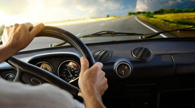 Arabayla tatile çıkacak sürücülere hayat kurtarıcı uyarılar