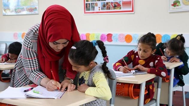 Öğretmenlerin iller arası yer değiştirme takvimi açıklandı