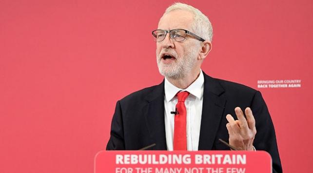 Corbynden Trumpa tepki: İngilterenin iç işlerine müdahale ediyor