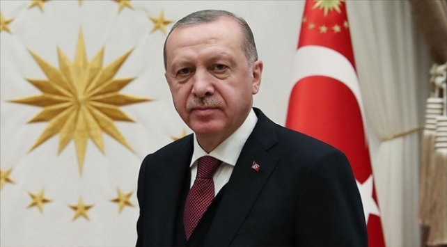 Cumhurbaşkanı Erdoğan, Karakoç ve Zarifoğlunu andı