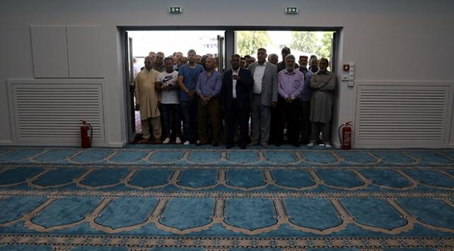 Atinadaki caminin kapıları ilk kez açıldı