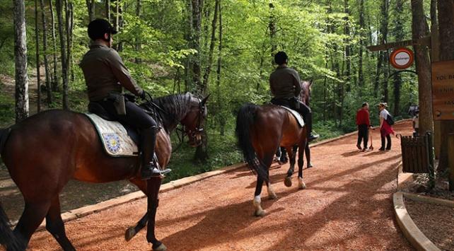 Belgrad Ormanlarına atlı koruma ekibi