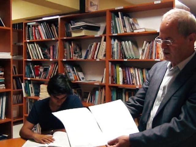 Gebzeli gazetecinin özel kütüphanesi
