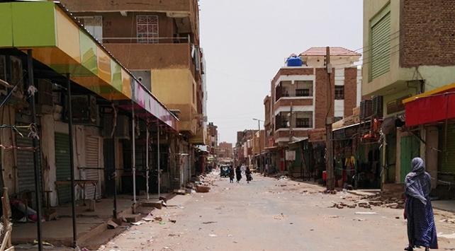 """Sudanda """"sivil itaatsizlik"""" eylemlerinin ilk gününde 4 kişi öldü"""