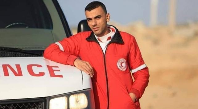 İsrail askerlerinin yaraladığı Filistinli sağlık görevlisi şehit oldu