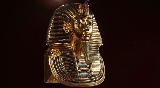 Mısır İngiltere'den firavun Tutankhamun'un altın heykel başını istiyor
