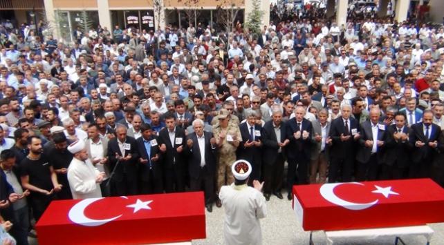 TOKİ Başkanı Bulut, şehit olan iki işçinin cenazesine katıldı