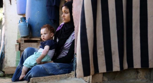 Arsalda binlerce Suriyeli evsiz kaldı