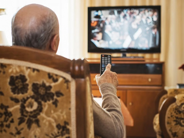 Türk halkı günde 3,5 saat televizyon karşısında