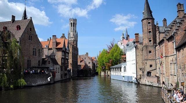 Belçikanın ünlü Bruges kenti turist sayısını azaltmak istiyor