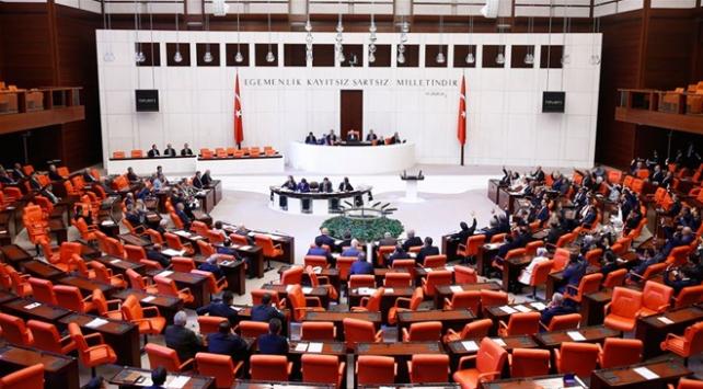 Mecliste yeni askerlik sistemi görüşmeleri devam edecek