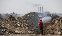 Bağdat'ta yakılan çöpler hastalıklara davetiye çıkarıyor