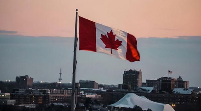 Kanadada dini sembollere ilişkin tasarı yasalaştı
