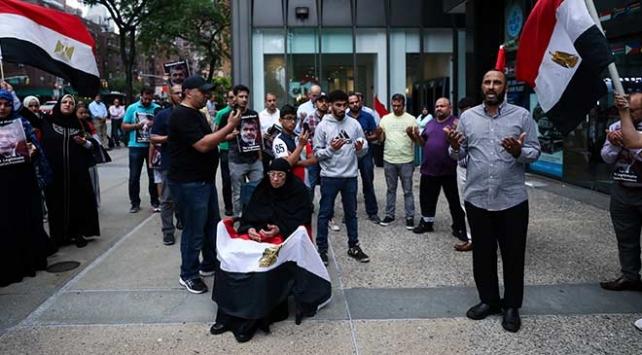 Mursi için New Yorkta gösteri yapıldı