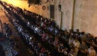 Dünyanın dört bir tarafında Mursi için gıyabi cenaze namazı