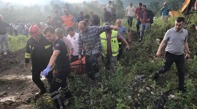 Trabzondaki sel felaketinde 3 kişi hayatını kaybetti