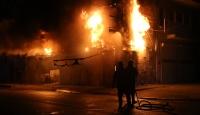 Adana'da iş yerinde yangın