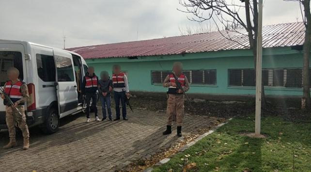 Terör örgütü PKKya eleman temin eden terörist tutuklandı