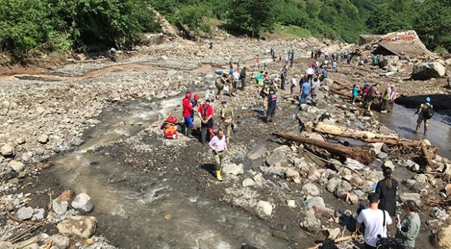 Araklıda sel felaketinde hayatını kaybedenlerin sayısı 7ye yükseldi