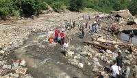 Araklı'da sel felaketinde hayatını kaybedenlerin sayısı 4'e yükseldi