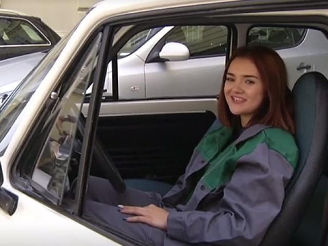 Protez kol sayesinde araba tamiri hayaline kavuştu