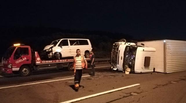 Kocaelide trafik kazası: 10 yaralı