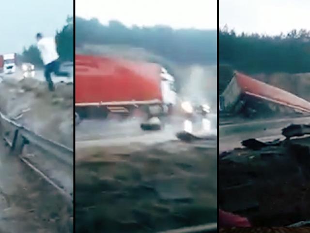 Tır kazası saniye saniye görüntülendi