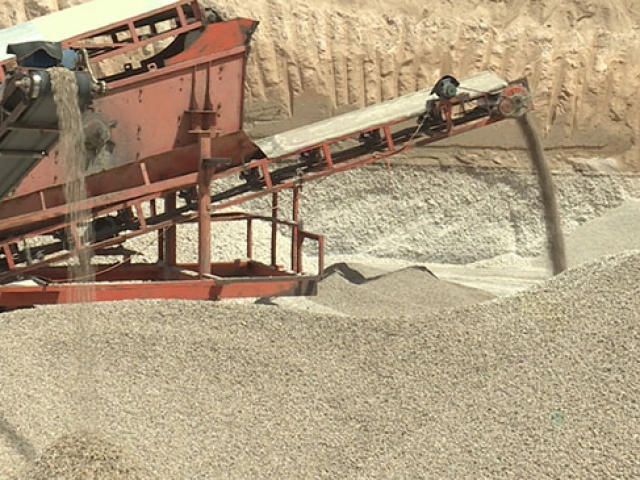 Ponza madeninden ekonomiye büyük katkı