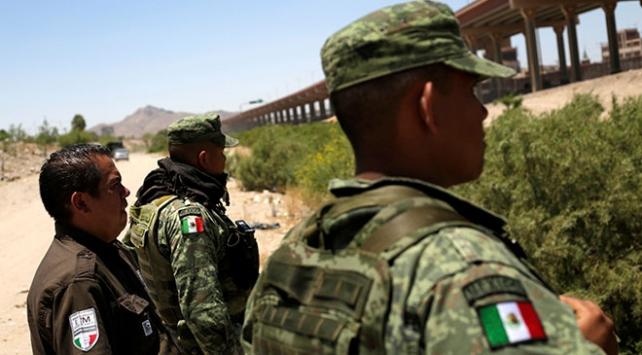 Meksika güney sınırına 6 bin muhafız yerleştirdi