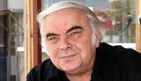 Sanatçı Enis Fosforoğlu hayatını kaybetti