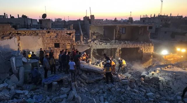 Esed rejimi İdlibde sivillere saldırılarını sürdürüyor: 5 ölü