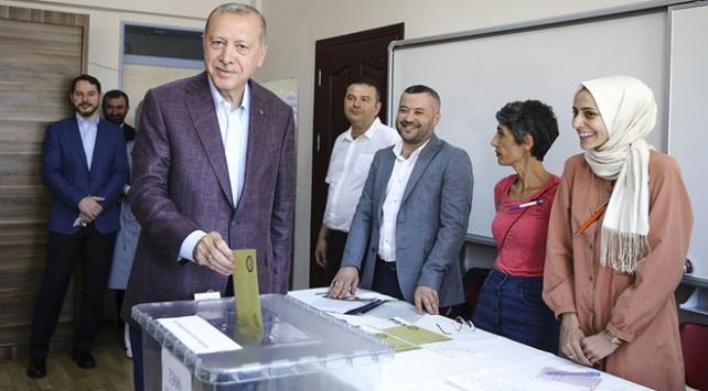Cumhurbaşkanı Erdoğan: İstanbul seçmeni en isabetli kararı verecektir