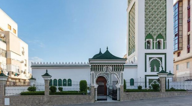 İspanyada camiye saldırı