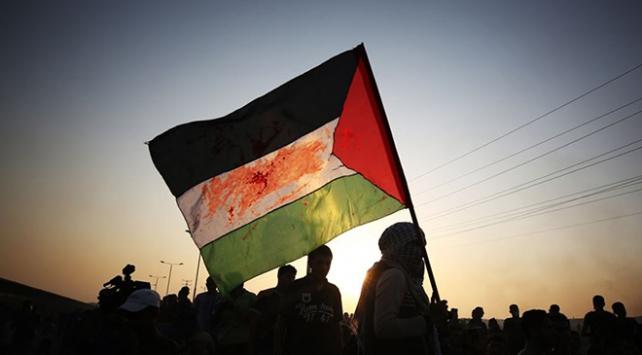 """Batı Şeriada Yahudi yerleşimcilerden """"ırkçı"""" saldırı"""