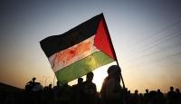 """Batı Şeria'da Yahudi yerleşimcilerden """"ırkçı"""" saldırı"""