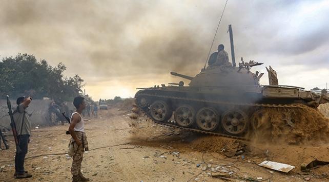 Trablusa saldıran Hafter savaş suçu işlemekle suçlanıyor