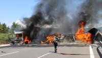 Anadolu Otoyolu'nda kaza: Araçlar alev aldı, yol trafiğe kapandı