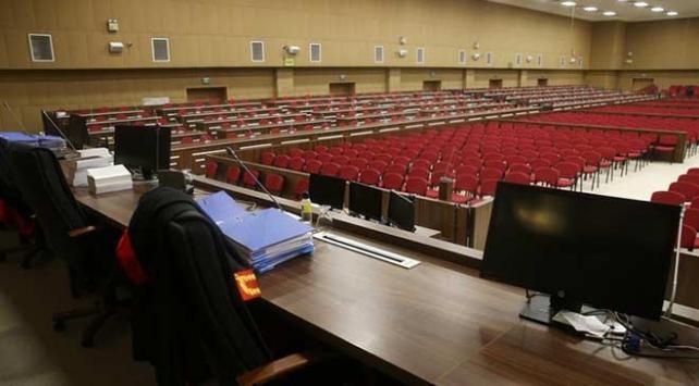 Eski Yargıtay üyesi Taşdelen'e 7 yıl hapis cezası