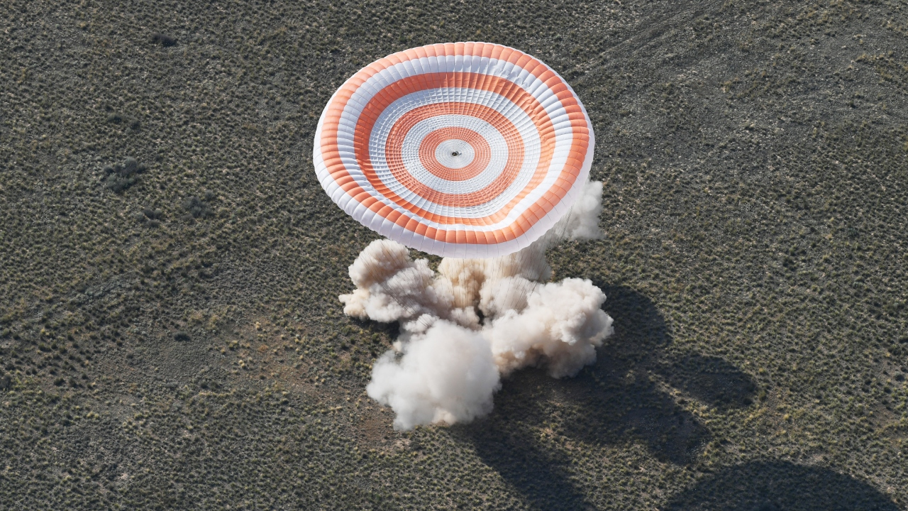 Soyuz MS 11 Dünyaya döndü