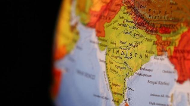 Hindistanda otobüs uçuruma yuvarlandı: 6 ölü, 43 yaralı