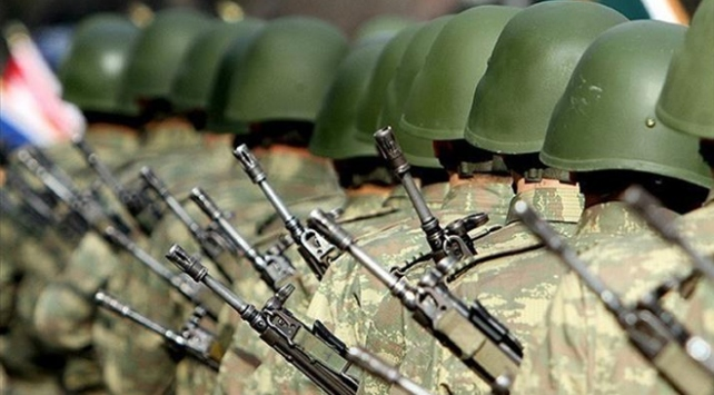 Yeni askerlik teklifi TBMMden geçti