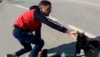 Yakalanacağını anlayan zanlı motosikleti bırakıp kaçtı