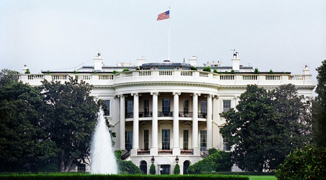 Melania Trumpın iletişim direktörü Grisham, Beyaz Saray Sözcüsü oluyor
