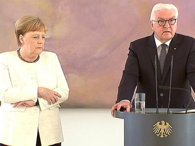 Almanya Başbakanı Merkel kameralar karşında yine fenalaştı