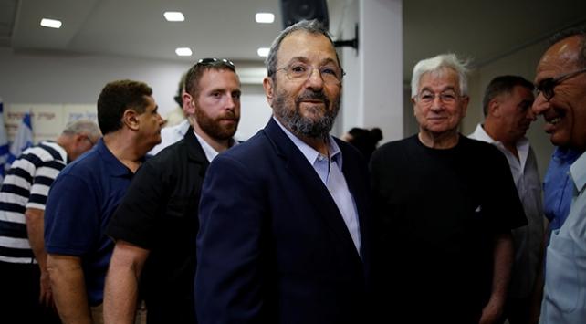 Eski İsrail Başbakanı Ehud Barak siyasete geri döndü