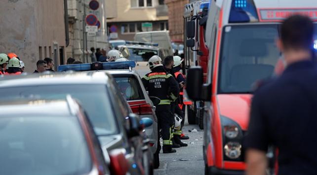 Avusturyada patlama sonucu çöken binadan iki ceset çıkarıldı