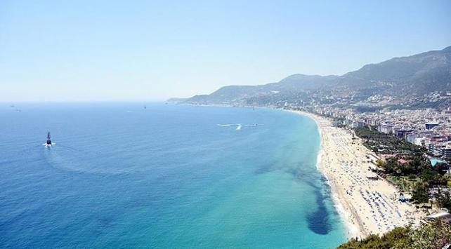 Antalyaya haziranda gelen turist sayısı 2 milyonu geçti